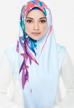 hand painted hijab by solopreneur